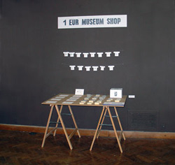 1 EUR Museum Shop